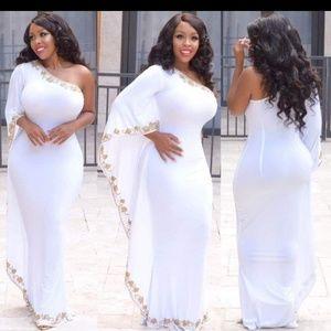 Dresses & Skirts - White One Shoulder Kaftan